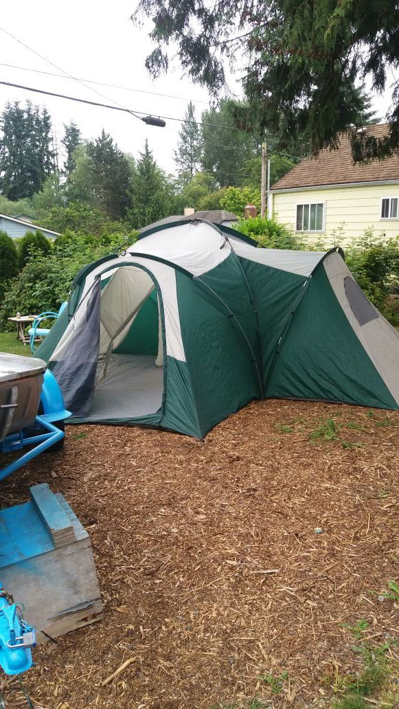 Greatland 4 room tent  for Sale in Everett, WA - OfferUp