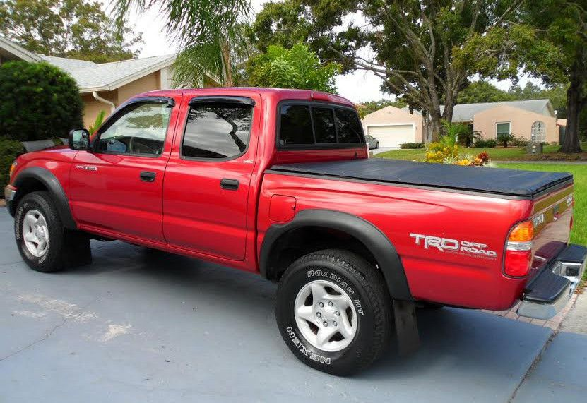 For Saleee 2003 Toyota Tacoma SR5 4WDWheels Clean!