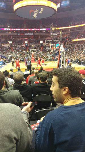 Wizards vs Knicks VIP ALL INCLUSIVE COURTSIDE TICKETS for Sale in Hyattsville, MD