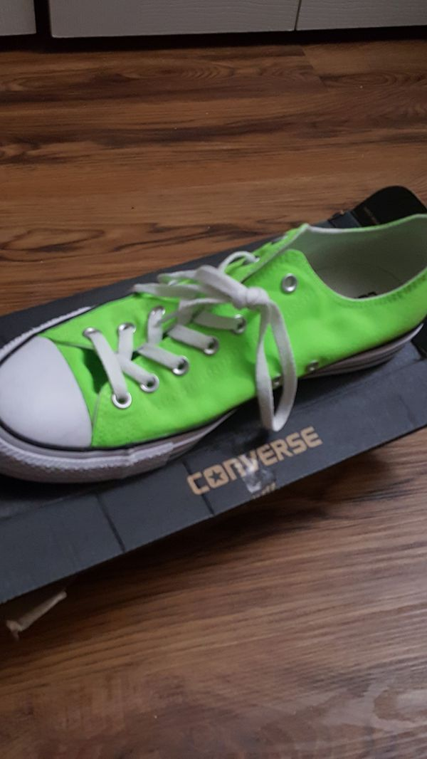 47abdd39ffff Converse Chuck Taylor Neon Green Low Tops for Sale in Houston