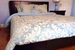 New King Bed for Sale in Washington, DC