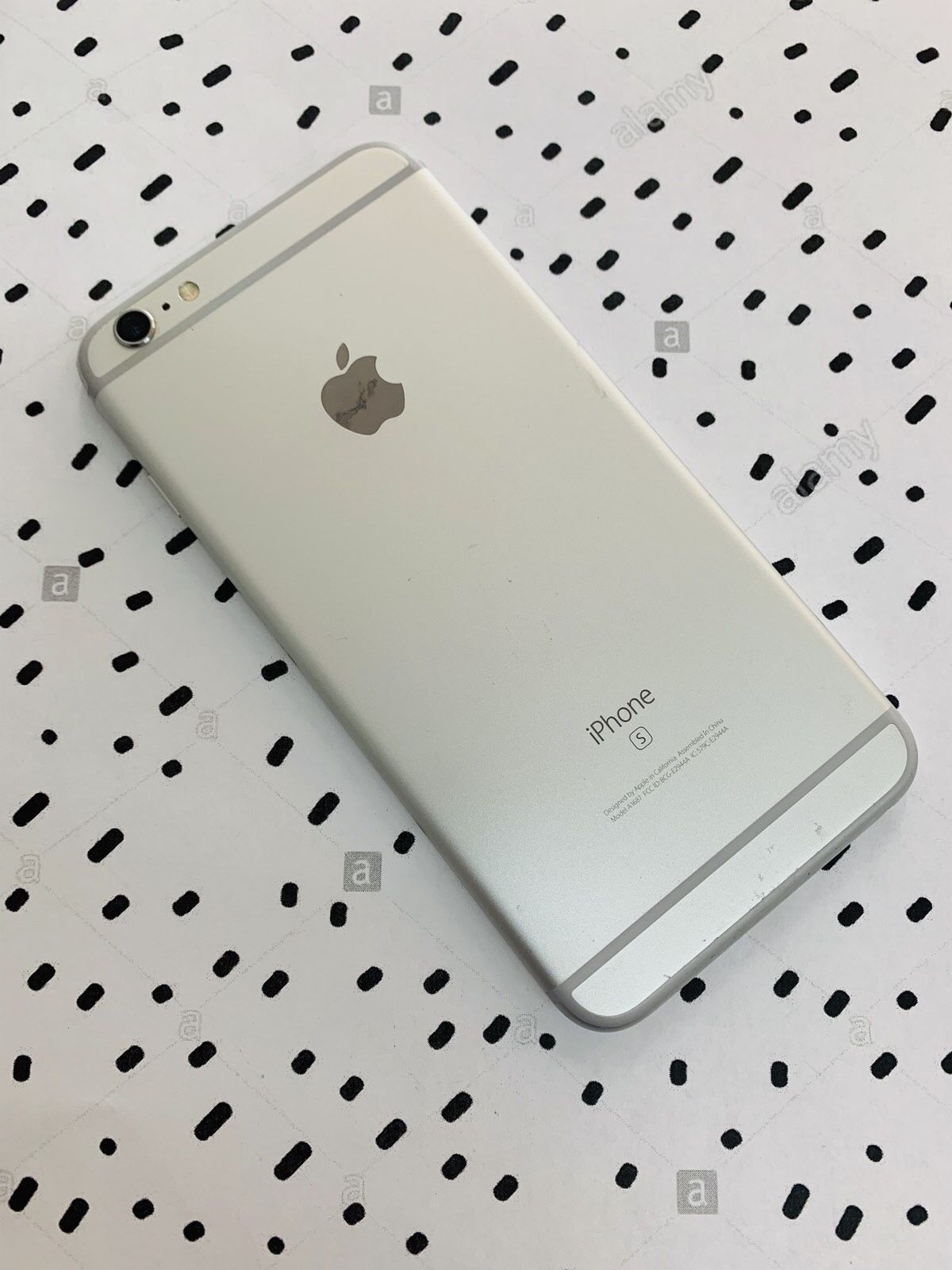 iPhone 6s Plus (64 GB) Excellent Condition With Warranty