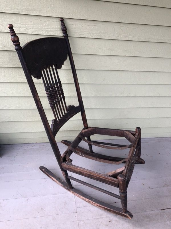 - Antique Rocking Chair. 1800's (Antiques) In Puyallup, WA - OfferUp