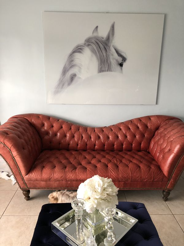 Red leather Sofa for Sale in Miami, FL - OfferUp