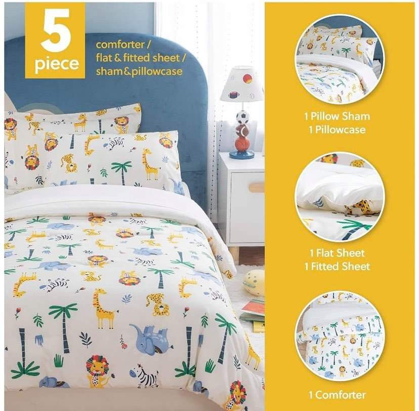 Brand New 5 Pieces Comforter Set