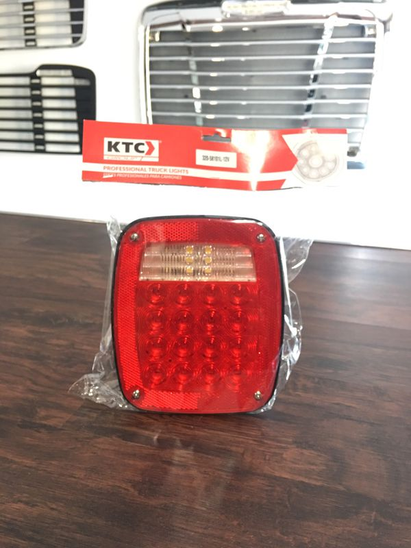 Stop Left Lamp 37 Led Red/White With 3 Universal Screws, License Light And  Cables 12V for Sale in San Leandro, CA - OfferUp
