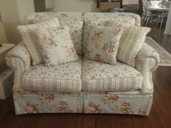 3 Piece Sofa Set For In Woodbury