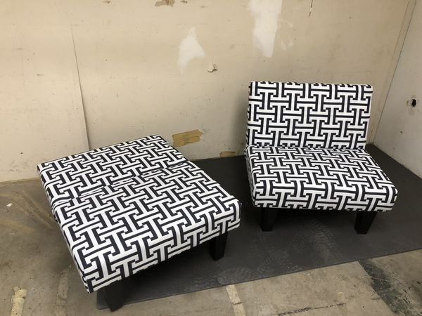 Astonishing Futon Chairs Black White Geometric Pattern Set Of 2 32Wx32Dx29H New For Sale In Florence Ky Offerup Short Links Chair Design For Home Short Linksinfo