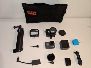 GoPro Hero 6 Black + good mic for Sale in New York, NY