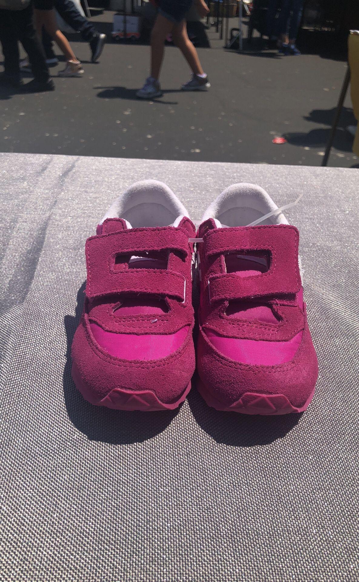 Kid Shoes Nike, Saucony,addias,vans