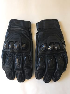 Speed and Strength Hardshell Motorcycle Gloves Large Carbon for Sale in Columbia, MD
