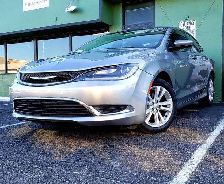 2016 Chrysler 200🏁
