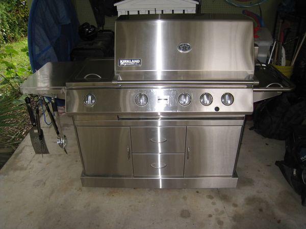 Kirkland Stainless Steel Propane Gas Grill 4 Burner Rotisserie For Sale In San Jose Ca