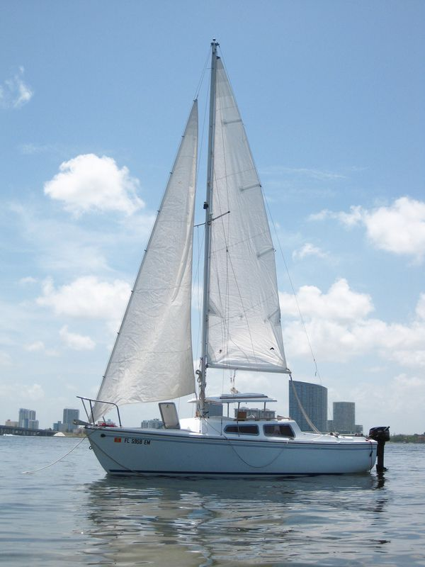 Sailboat - Catalina 22 - 1975 for Sale in Miami, FL - OfferUp