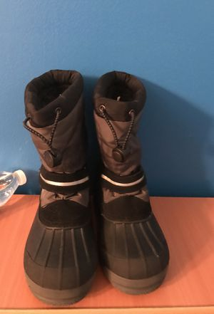 Land's End Boy size 1 Snow Boots for Sale in Gaithersburg, MD