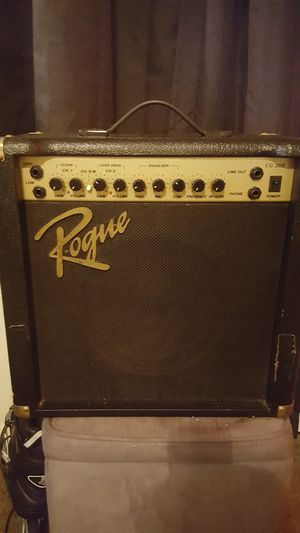 Fender made rogue 30 watt vintage amp for Sale in Columbus, OH