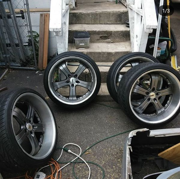 22 Inch Staggered Rims For Sale In Union, NJ