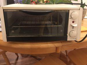 Toaster Oven for Sale in Fort Belvoir, VA