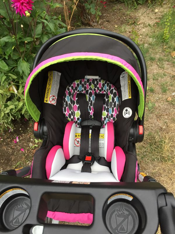 Graco Click Connect Car Seat And Stroller For Sale In Seattle WA