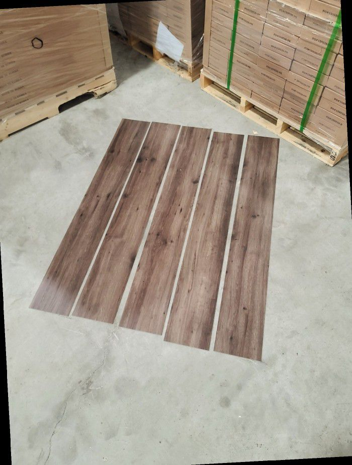 Luxury vinyl flooring!!! Only .67 cents a sq ft!! Liquidation close out! 5XDF