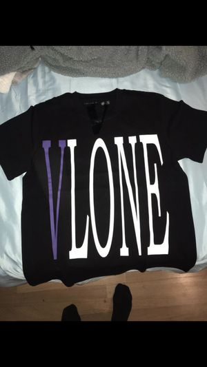 Vlone staple t for Sale in Los Angeles, CA