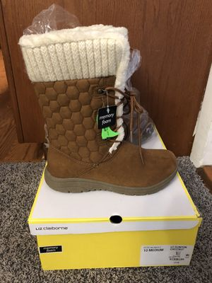 Super Comfy Tan Winter Boots Size 10 for Sale in Annandale, VA