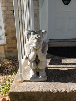 gargle. statue. for Sale in Fort Washington, MD