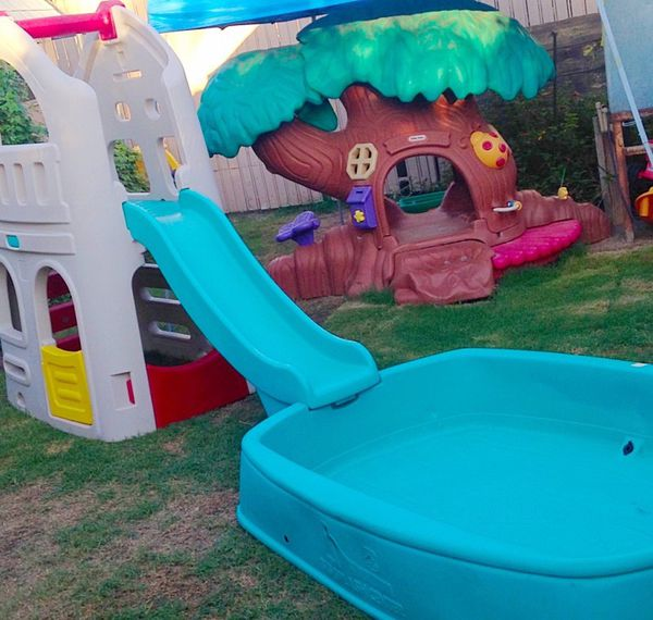 Step 2 Big Splash Center Pool Playhouse Climber Slide Baby Kids In Glendale AZ