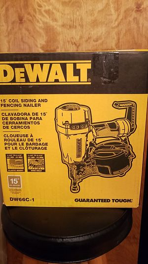 Photo Dewalt 15° Pneumatic Coil Siding And Fencing Nailer