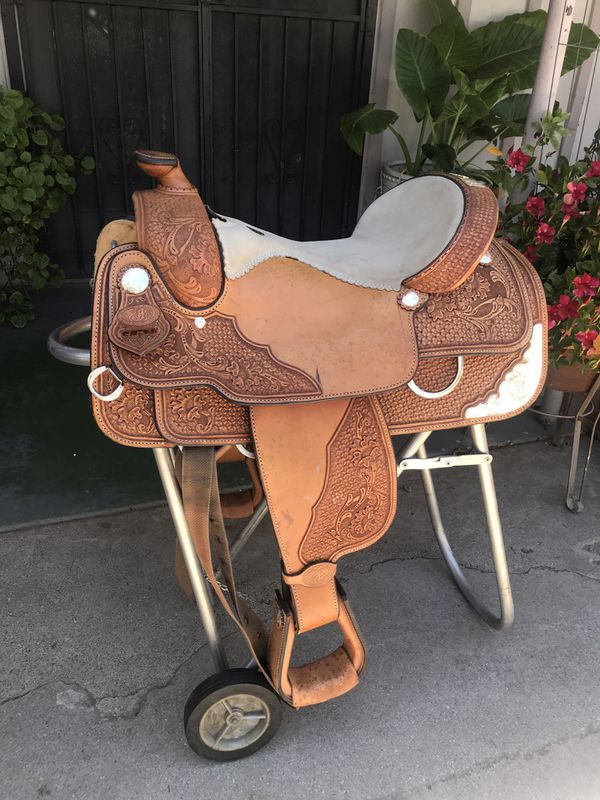 Double J saddlery Saddle for Sale in DEVORE HGHTS, CA - OfferUp