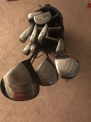 TaylorMade golf club set for Sale in Los Angeles, CA