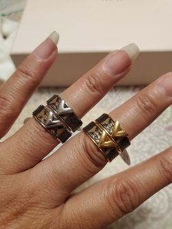Rings Thumbnail
