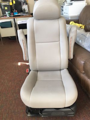 Bruno valet seat lift chair handicapped model vss-2600 for Sale in ...