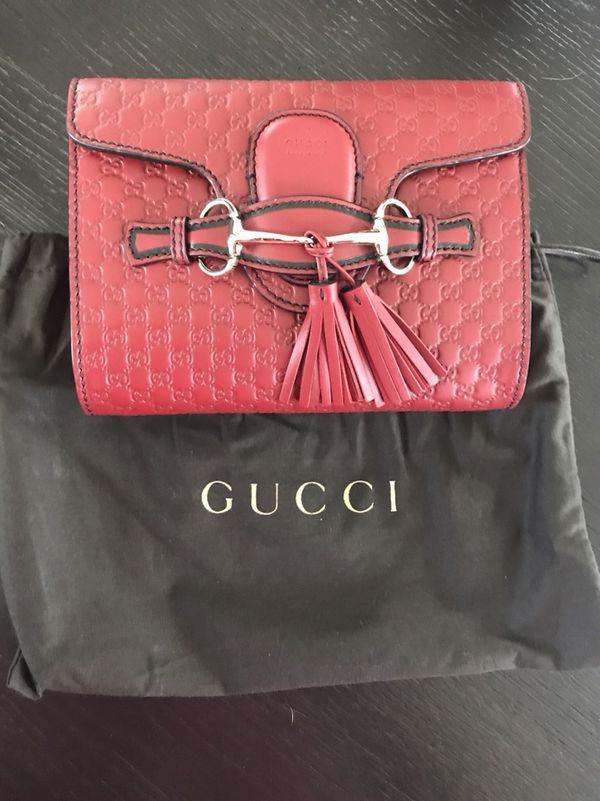 fc8446ffe0f Gucci Margaux Crossbody for Sale in Chatsworth