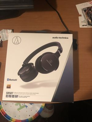 Headphones Bluetooth for Sale in Los Angeles, CA