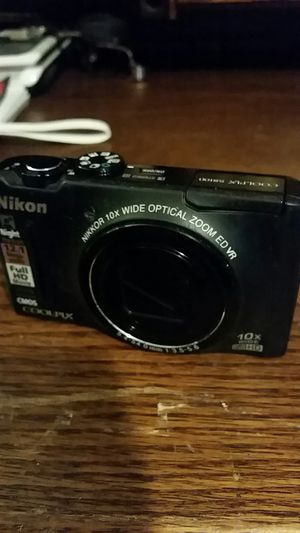 Nikon CoolPix S8100 for Sale in Everett, WA