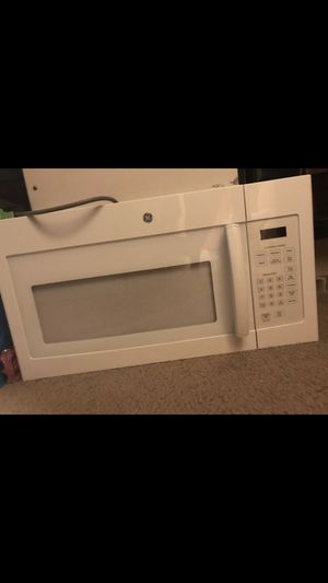 New extra large under the counter microwave can be used to sit on the counter for Sale in Washington, DC