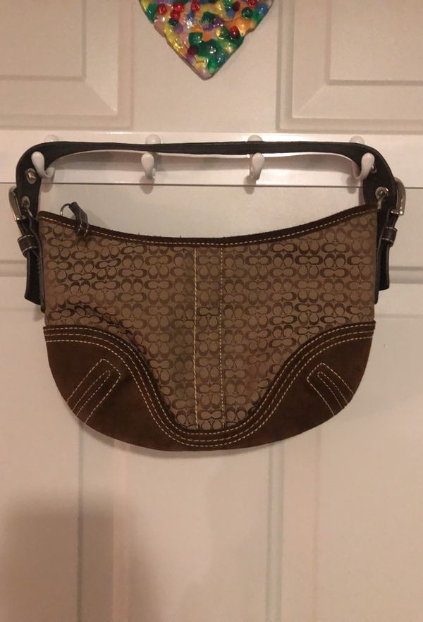 002a7335d94f Coach Purse (negotiable price) for Sale in Noblesville