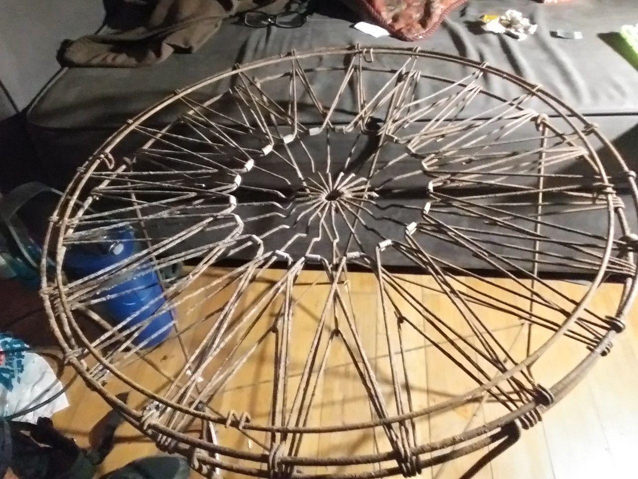 Unique vintage laundry basket table