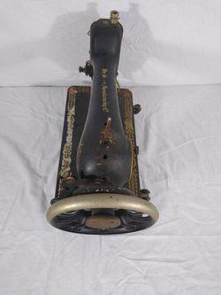 Antique 1910 Singer Sewing Machine G Series G0469742 Thumbnail