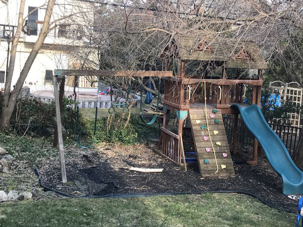 Jungle Gym For Sale >> Jungle Gym Swingset Used For Sale In Dearborn Mi Offerup