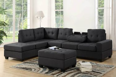 💕💕 SAME DAY and FAST DELIVERY 🚚🚚  BRAND NEW and IN BOX😍 Heights Gray Fabric Reversible Sectional With Storage Ottoman  Thumbnail