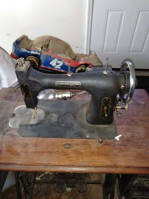 Antique Sewing Machine For In Columbus Oh