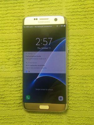 Gold Samsung Galaxy S7 Edge for Sale in Altamonte Springs, FL
