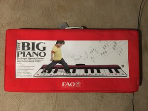 FAO Schwartz Big Piano for Sale in Darnestown, MD