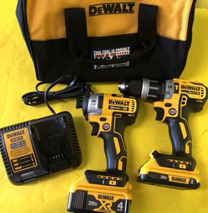 DEWALT DCK287D2 - 20V MAX XR Lithium Ion Cordless Hammer Drill and Impact Driver Combo Kit W 2 Batteries - BRAND NEW NEVER BEEN USED for Sale in Casselberry, FL