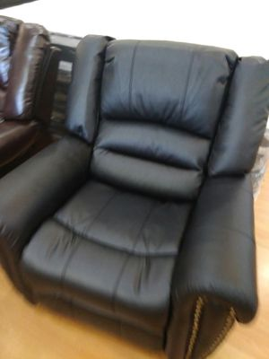 Black Leather Sofa Couch for Sale in Santa Monica, CA