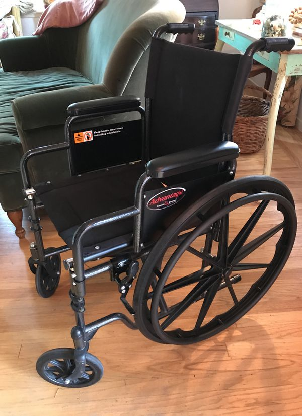 Wheelchair for Sale in Menlo Park, CA - OfferUp