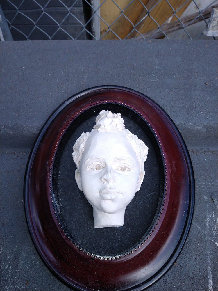 Face Picture Frame