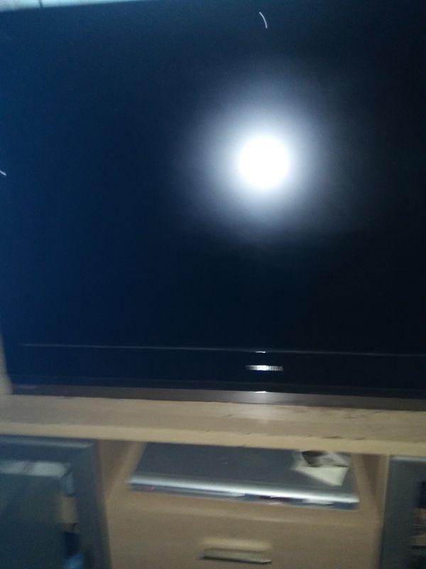 Toshiba 42 Inch Flat Screen Plasma Sports Outdoors In Tacoma Wa